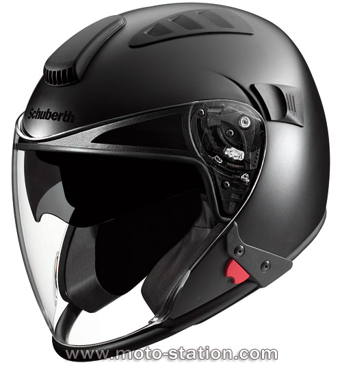 Casque Dainese Jet Stream Tourer : un anti Schuberth J1 ? Casque10