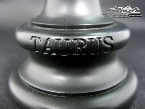 Saint Seiya Helmet Collection - Page 4 Taurus17