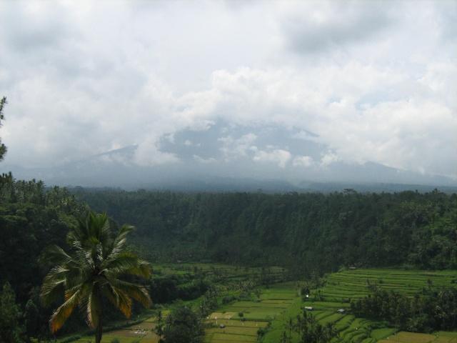 Les volcans d'Indonésie (une petite partie) Img_4010
