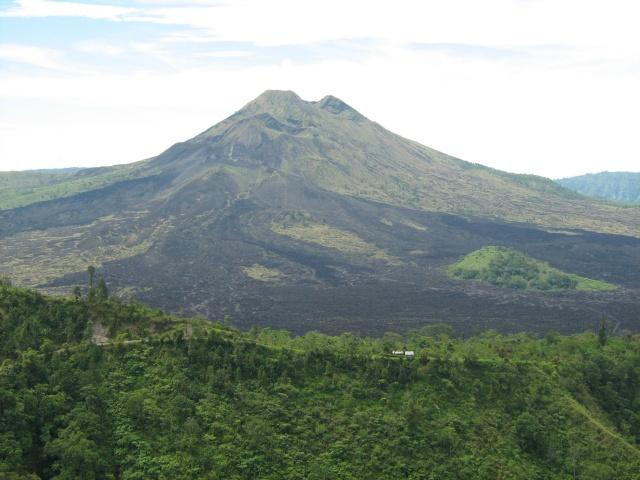 Les volcans d'Indonésie (une petite partie) Img_4110