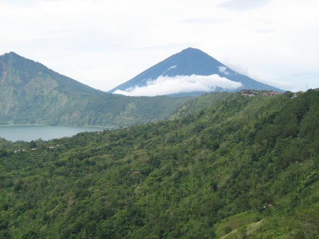 Les volcans d'Indonésie (une petite partie) Img_4111
