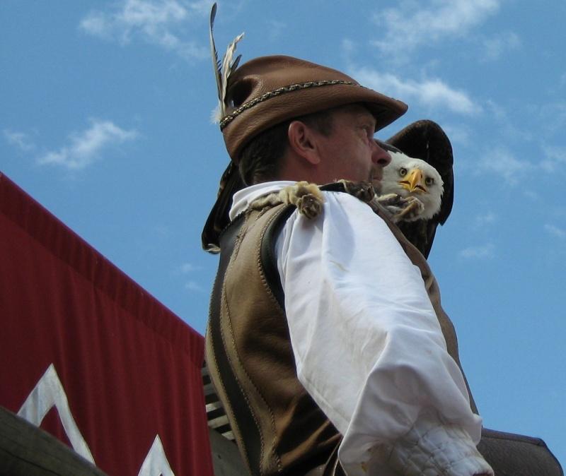 Hors sujet -----------> Le puy du fou en Vendée (85) Oiseau10