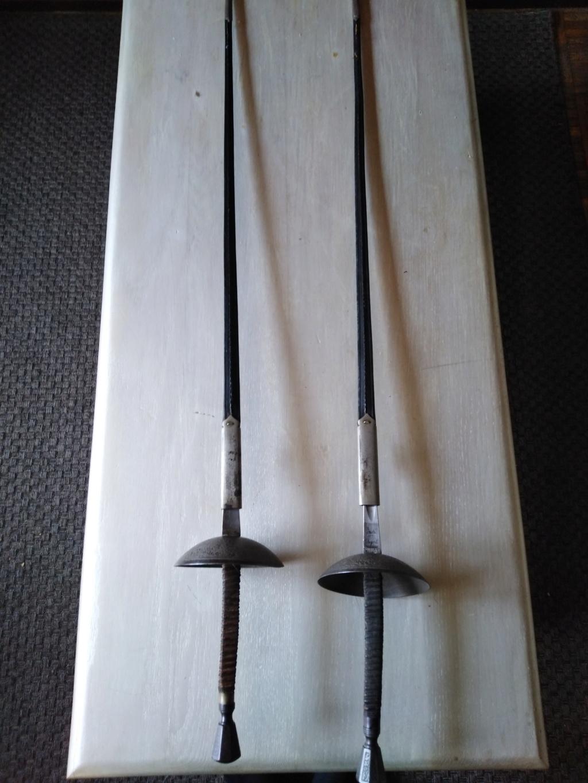 Identification de deux épées (de duel?) Img_2011