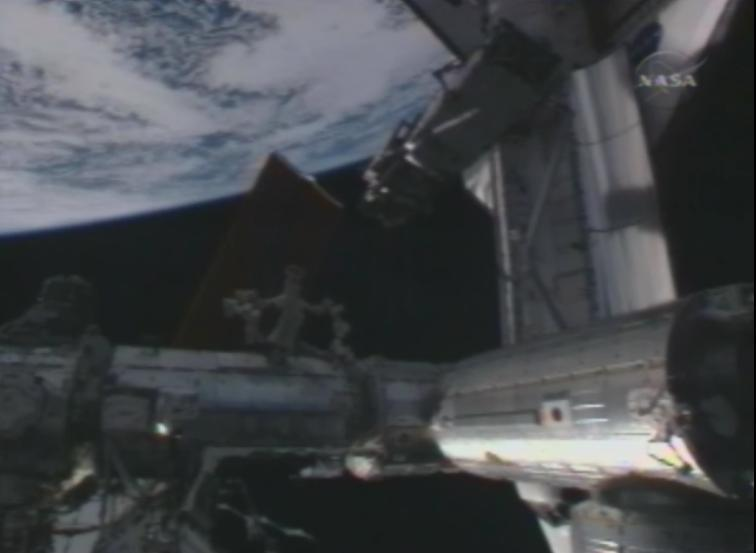 [STS-119] Discovery: la mission - Page 4 Discov11