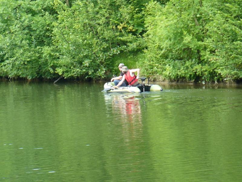 Pêche de la carpe en canal [Tome 2] - Page 6 P1050814