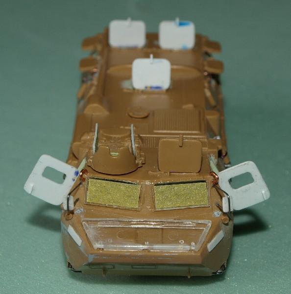 VAB 4x4  [HELLER 1/72]  ---  Montage terminé - Page 4 P1014026