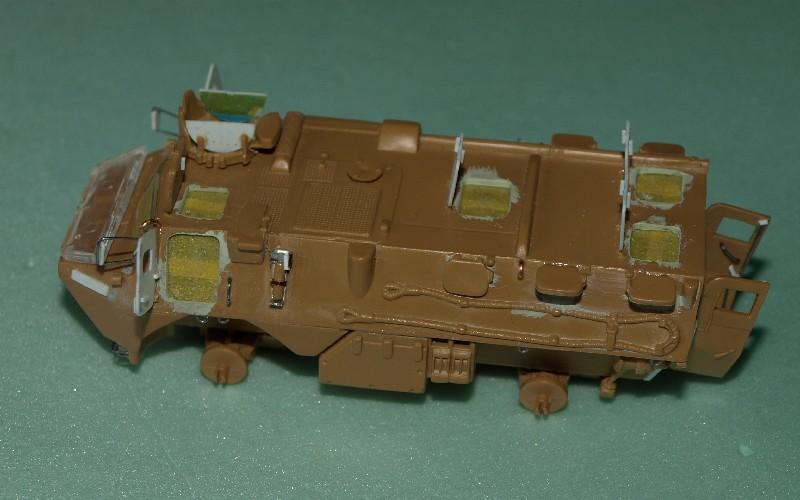 VAB 4x4  [HELLER 1/72]  ---  Montage terminé - Page 4 P1014028