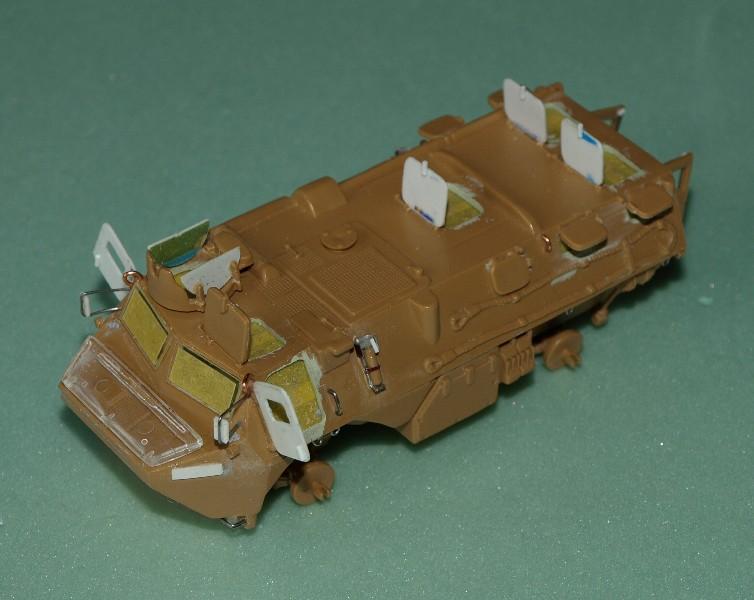 VAB 4x4  [HELLER 1/72]  ---  Montage terminé - Page 4 P1014029