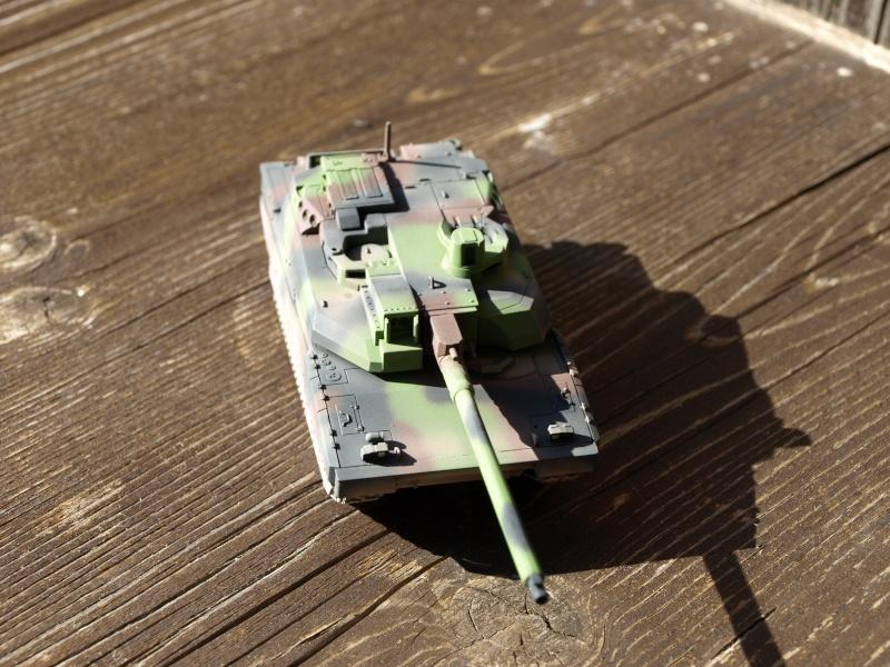 Leclerc REVELL + conversion BLAST MODEL 1/72 (6-12° RC) P1014046