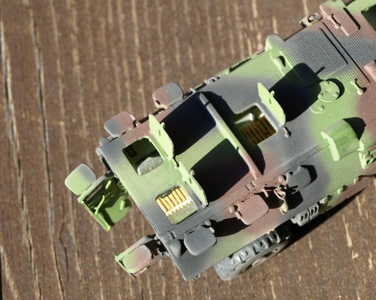 VAB 4x4  [HELLER 1/72]  ---  Montage terminé - Page 4 P1014116