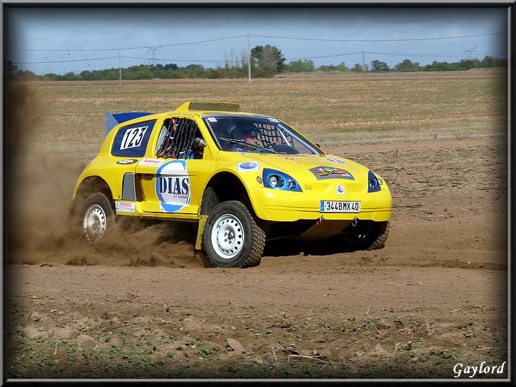 dunes - photos ou videos du 123 clio jaune a dunes P1020436
