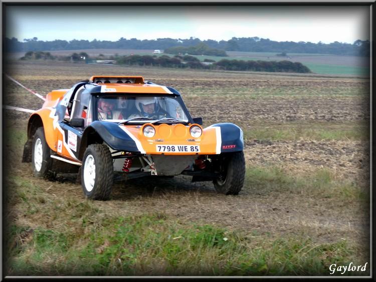 phil - Recherche Photos et vidéo Phil's car orange et noir N°140 P1020619