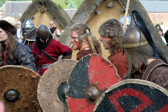 Journées Vikings archéosite de Marle - Mai 2009 Img_0011