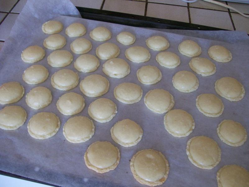 Macarons - Page 3 01012