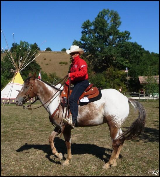 5° Festival International Country Equestre à Beauregard Barret - Page 4 P1030029
