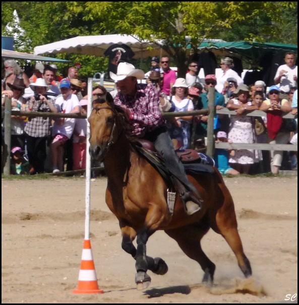 5° Festival International Country Equestre à Beauregard Barret - Page 4 P1030113