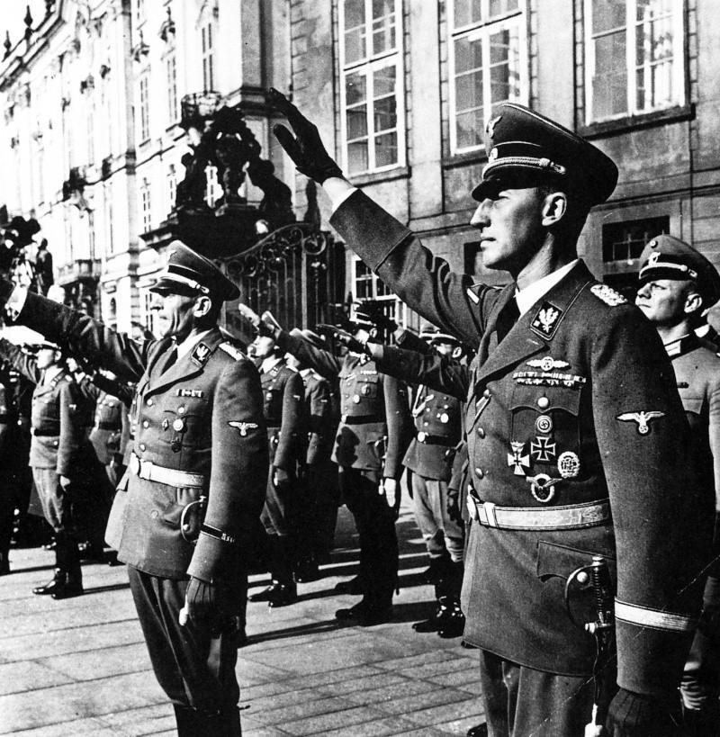 Reichsprotektor : Nomination de Reinhard Heydrich à Prague Rhnomi10