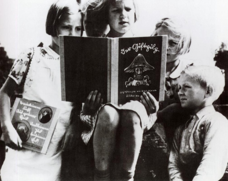 Livre d'éducation antisémite pour enfants... Saint_10