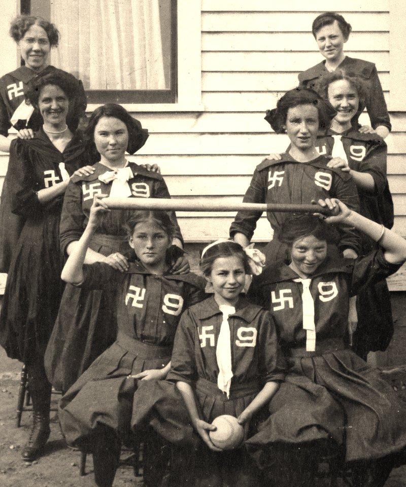 Swastika Girls... Swasti12
