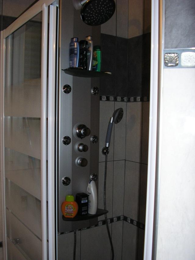 salle de bain à refaire entièrement !(photo p2) 07102910