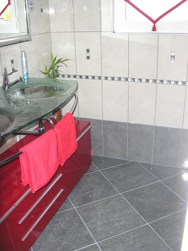 salle de bain à refaire entièrement !(photo p2) 07110410