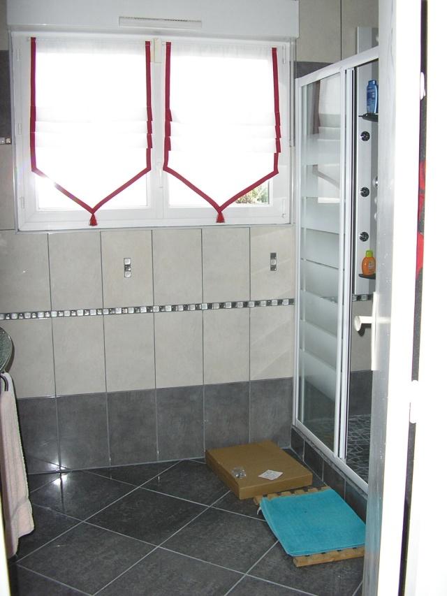 salle de bain à refaire entièrement !(photo p2) 07110411