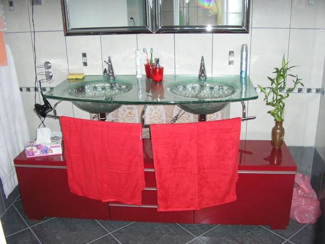 salle de bain à refaire entièrement !(photo p2) 07110610