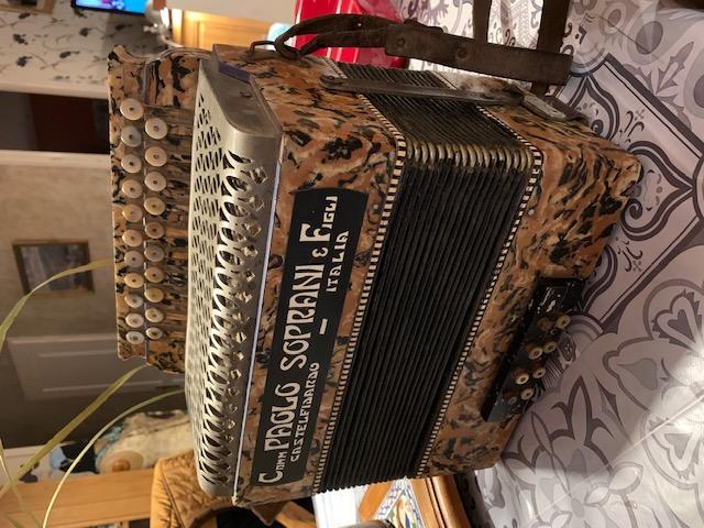 accordeon 1930 1940 Img_5312