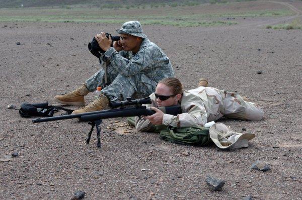 soldates du monde en photos - Page 4 07082511