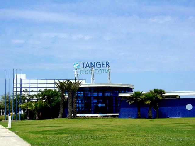 Tanger - Futur grand port de l'Afrique - Page 4 Img-310