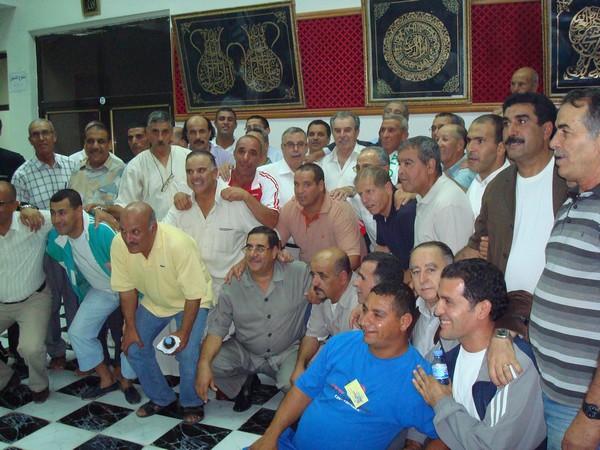 L'amicale des anciens internationaux honore BENARAB ABDELMADJID Ain_m_20