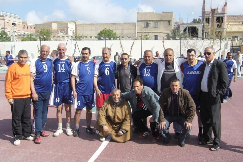 Le  WAM honore les anciens Handballeurs P1040412