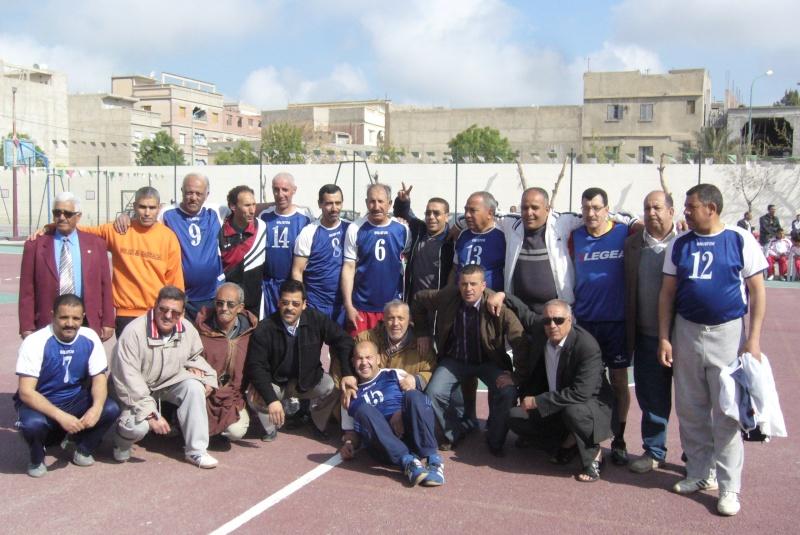 Le  WAM honore les anciens Handballeurs P1040415