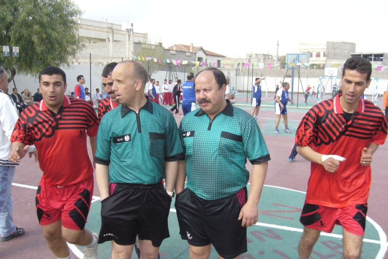 Le  WAM honore les anciens Handballeurs P1040416