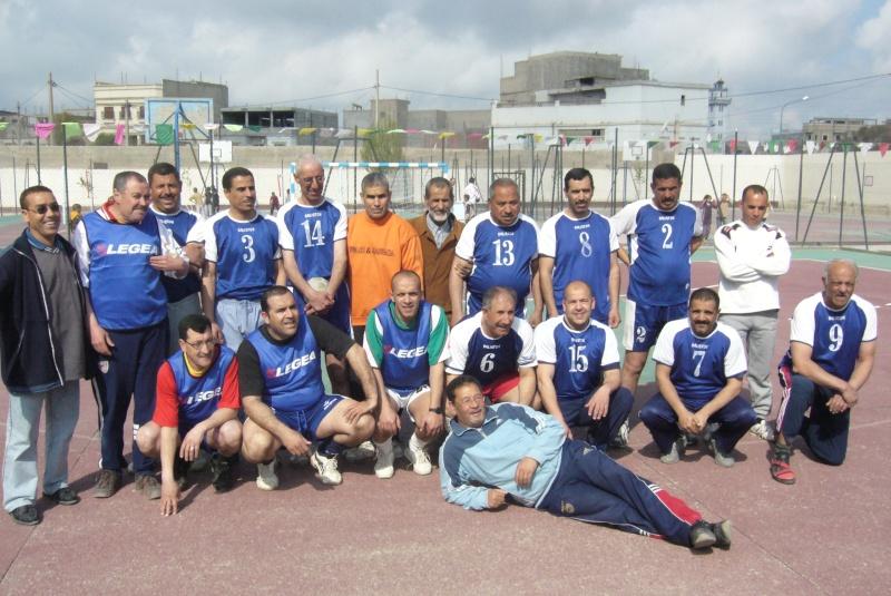 Le  WAM honore les anciens Handballeurs P1040417