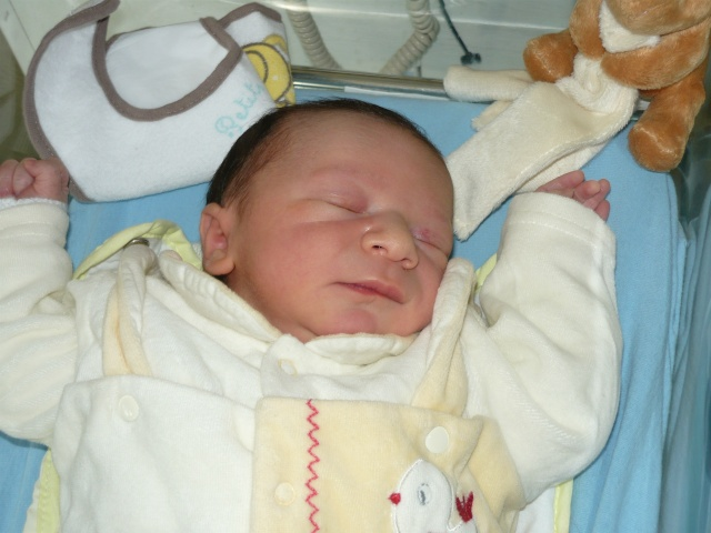 "bienvenue a mon neveu timeo!!fils de <a class=""ces1"">jen&#110</a> 40  photo page 2 P1000910"