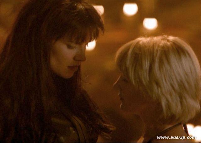 Xena et Gabrielle - Page 2 Xwphod10