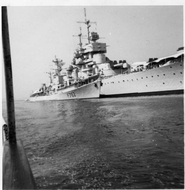 [Les ports militaires de métropole] TOULON au début des années 60 - Page 5 Jean_b10