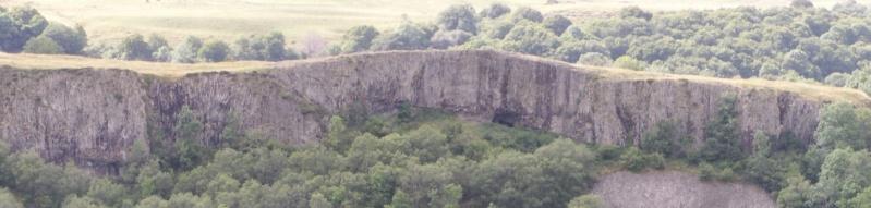 Vallée de la Véronne Roches11
