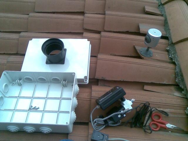 Webcam Casaglio, installazione su tetto Immag012