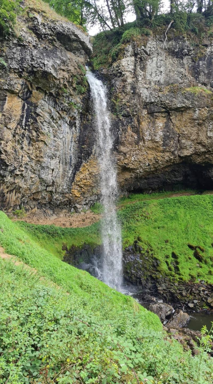 Cascade de Salins 24089210