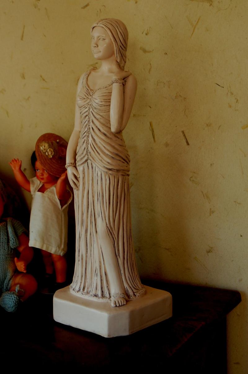 Sculpture modelage drapé après patine bleutée Olympe21