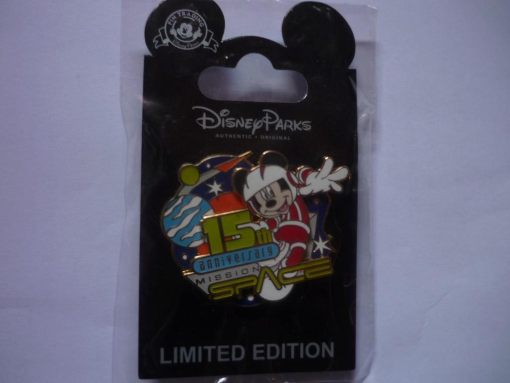Le Pin Trading à Disneyland Paris P1110416
