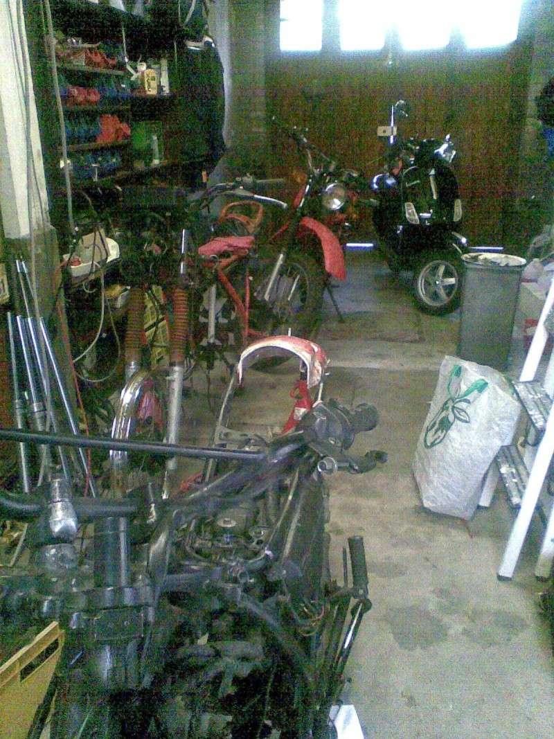 votre xl bien entouré (voiture,moto,trotinette ...etc)(2009) - Page 2 Photo099