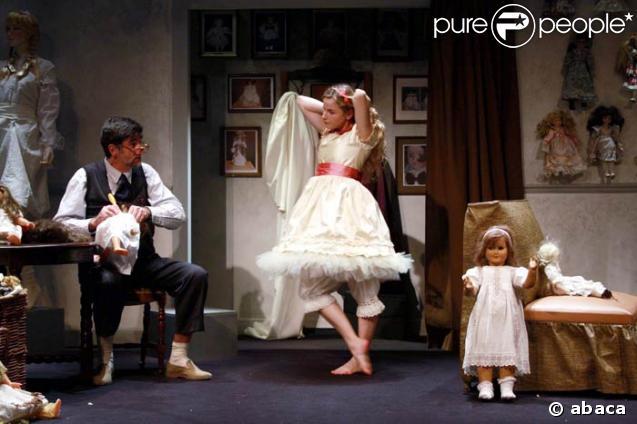 """Pièce de théâtre """"Tonton Léon Story"""" 39221-10"""