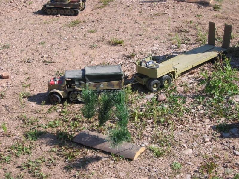 sdkfz7 11T gepanzerte au 1/16 rc et son flak18 Img_0010