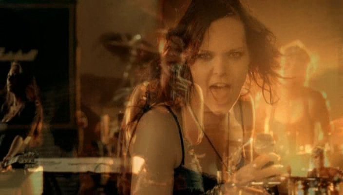 Anette Olzon pictures - Page 2 Bbb17510