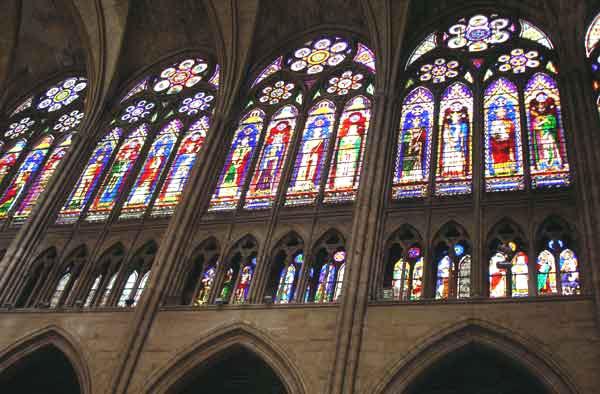 Art gothique de Paris (et des environs) Stdeni10