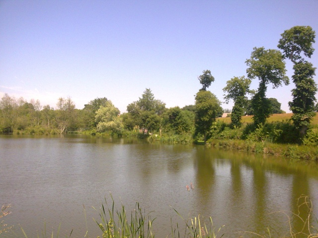 Lake for sale in France - Normandy Ray1310