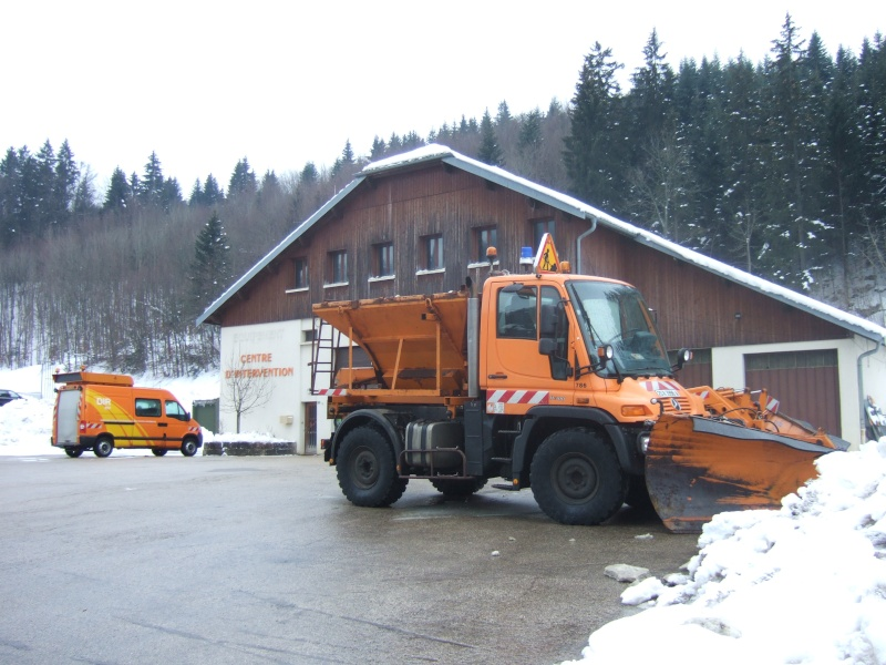 photos unimog chasse neige - Page 2 20071211